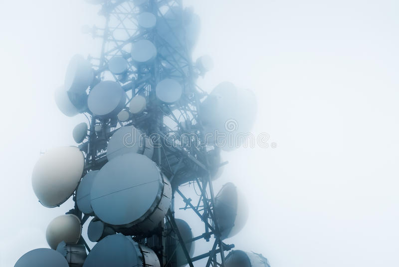 Telecommunicatie torens stock fotografie