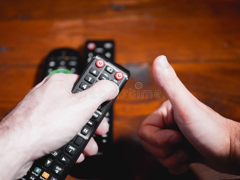 Teledirigido correcto para la televisión imagen de archivo