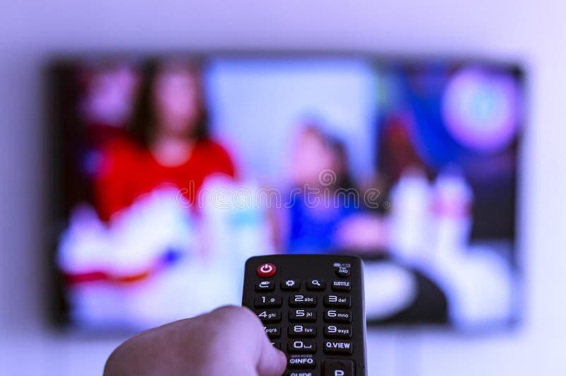 Teledirigido a disposición dirigido la TV encendido imagen de archivo libre de regalías