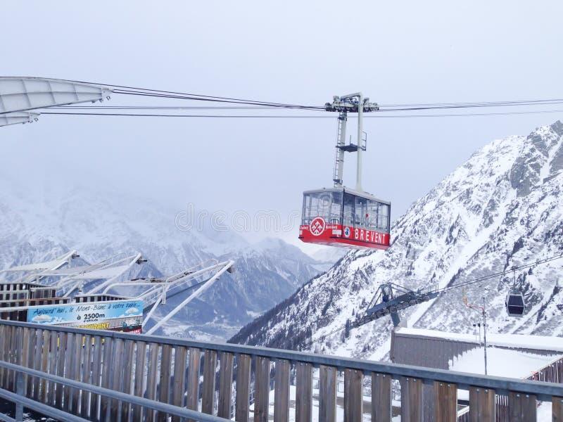Teleférico de Brevent na área de montanha de Chamonix foto de stock royalty free