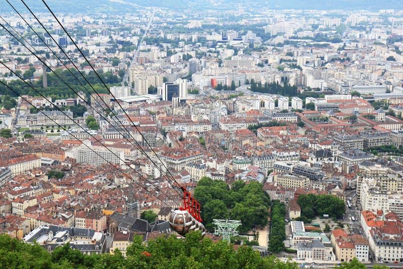 Teleférico do Bastille na cidade francesa Grenoble imagens de stock royalty free