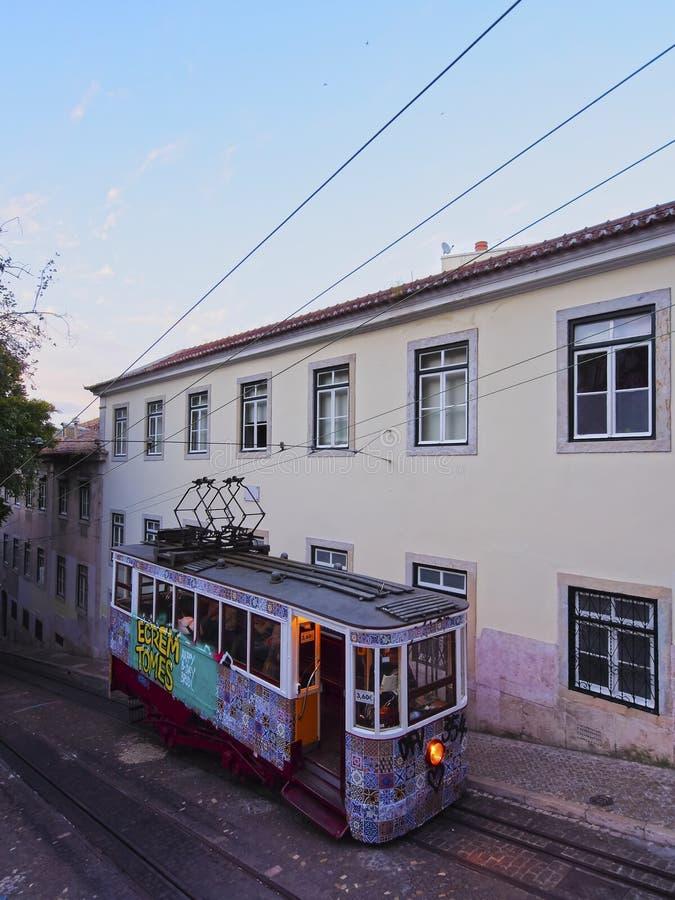 Teleférico em Lisboa foto de stock royalty free
