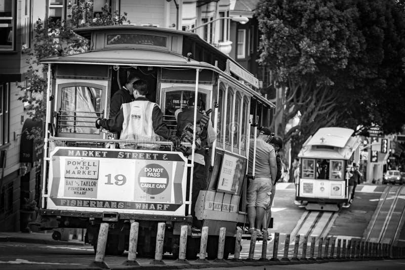 Teleférico 19 que vai para baixo em San Francisco fotos de stock royalty free