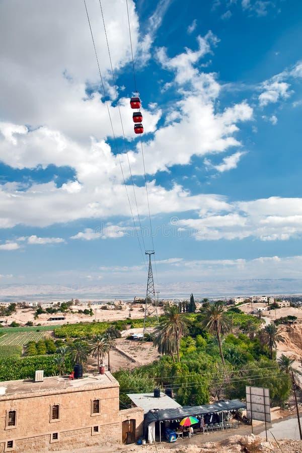 Teleférico sobre Jericó palestina fotos de archivo libres de regalías