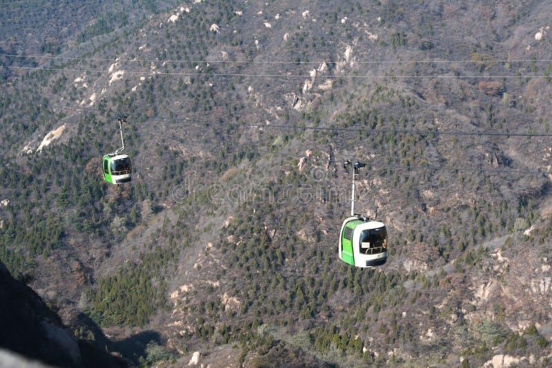 Teleférico sobre la Gran Muralla de China. fotos de archivo