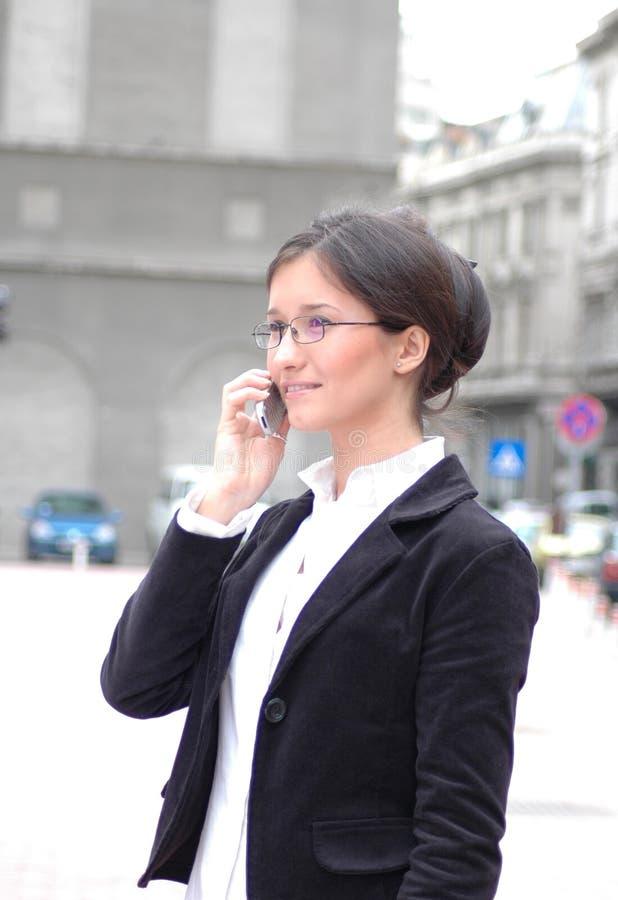 Am Telefon 3 lizenzfreies stockfoto