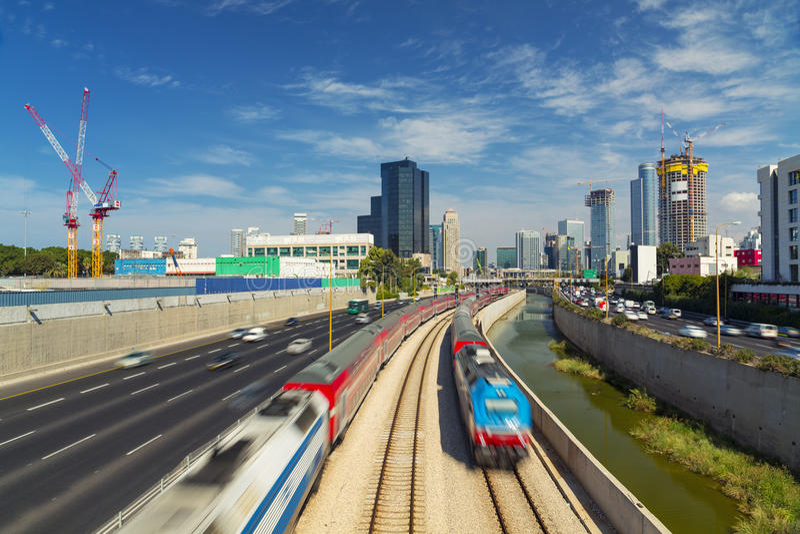 Telefon Aviv And Ramat Gan Cityscape arkivfoton