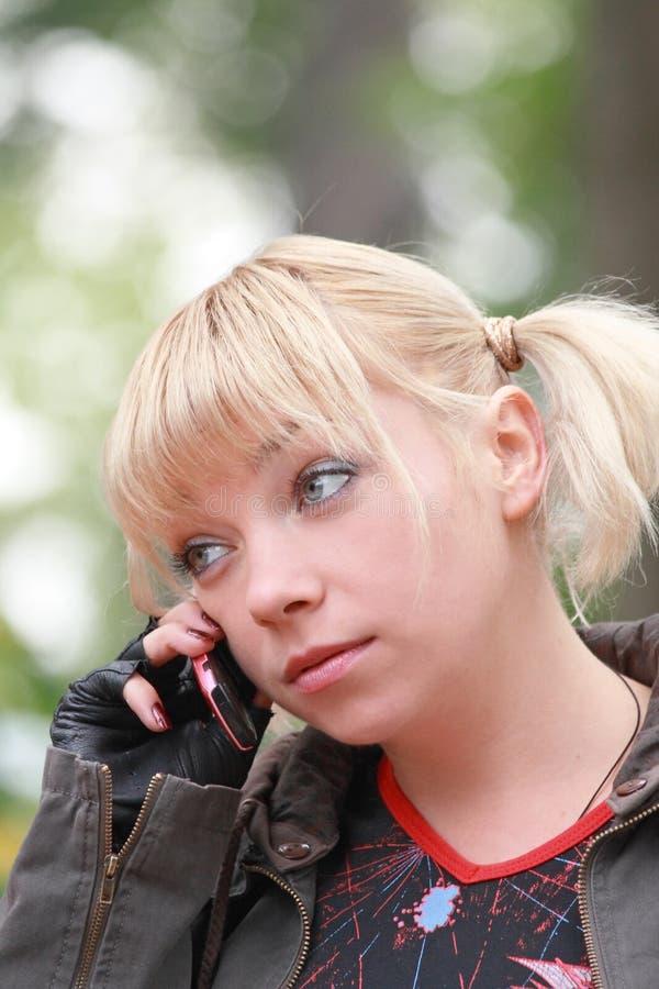 Telefon-Gespräch lizenzfreies stockbild