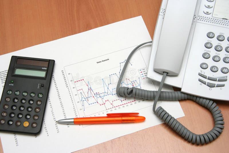 telefon kalkulator wykresu ii zdjęcia royalty free