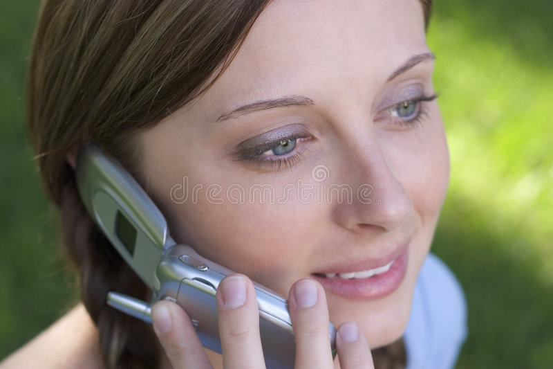 Telefon-Mädchen lizenzfreie stockfotos