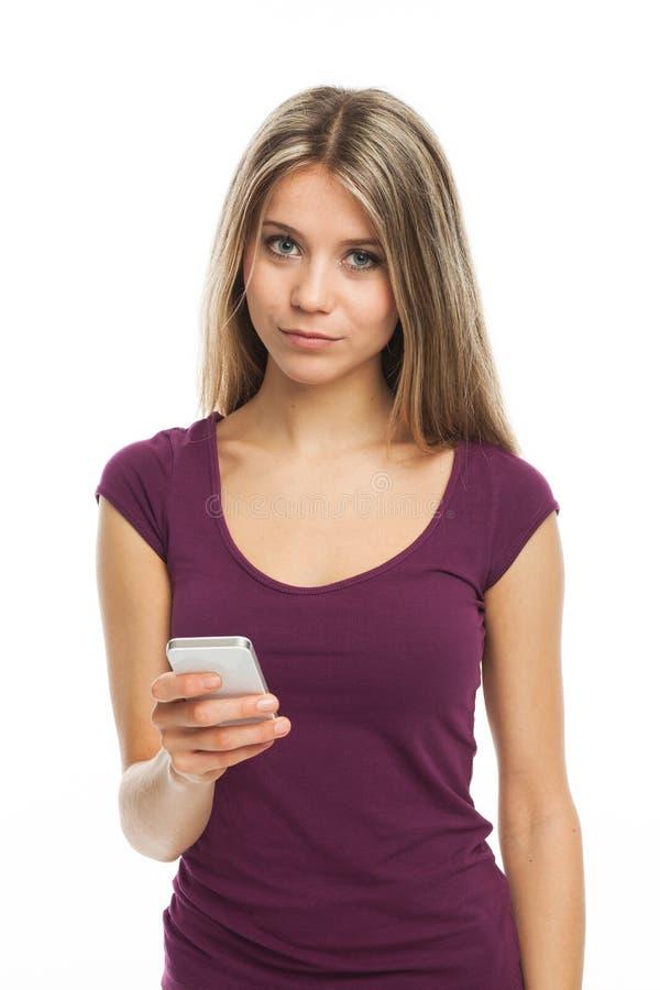 Telefonar e olhar foto de stock