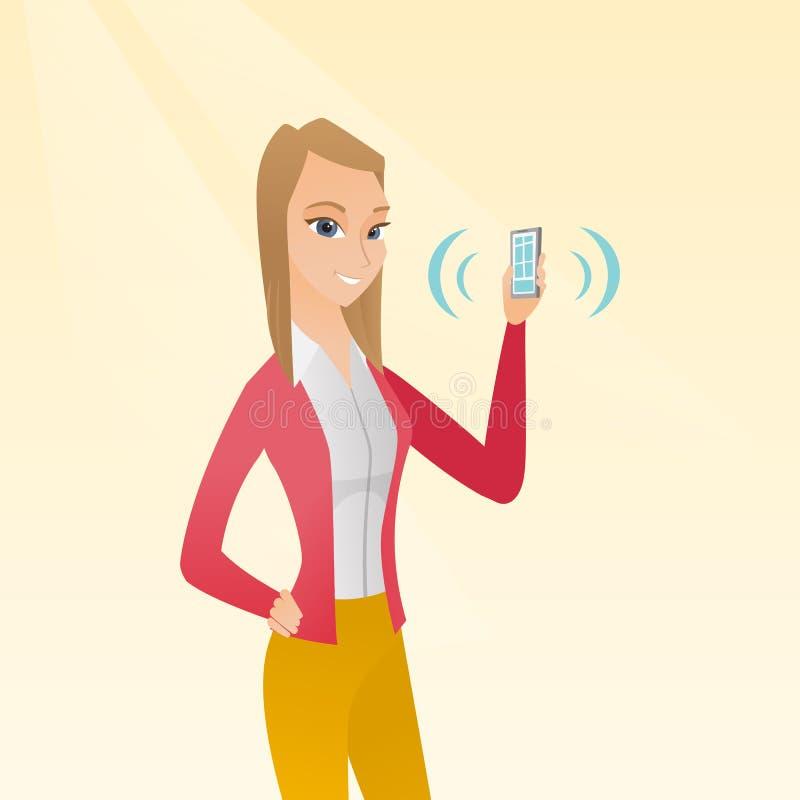Telefono cellulare di squillo della giovane tenuta caucasica della donna royalty illustrazione gratis