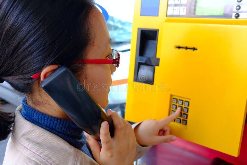 Telefono pubblico fotografie stock