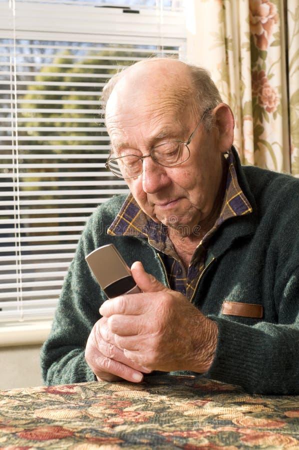 telefonu senior obraz stock