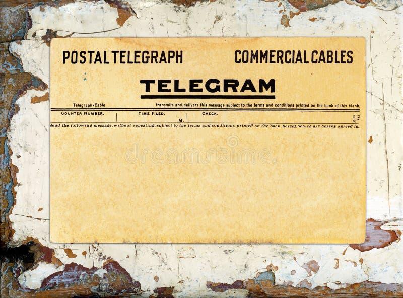 Telegram op Grungy Geschilderd Hout royalty-vrije stock fotografie