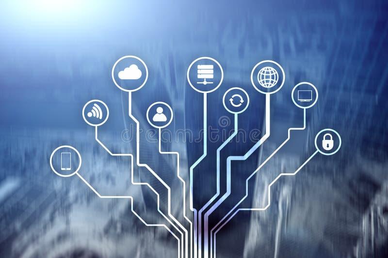 Telekommunikation und IOT-Konzept auf unscharfem Gesch?ftszentrumhintergrund stock abbildung