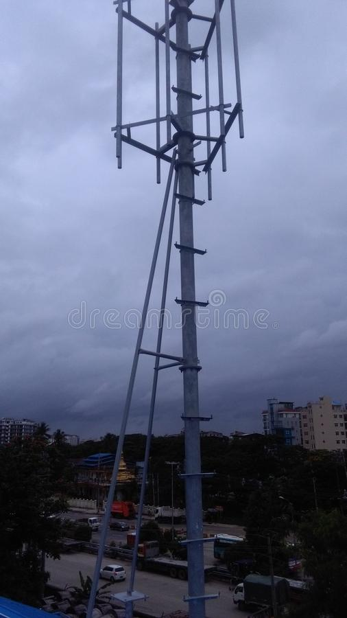Telekommunikations-Turm lizenzfreies stockfoto