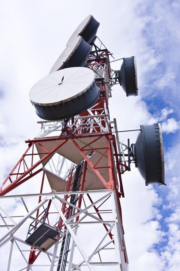 Telekommunikationsantenne stockfoto