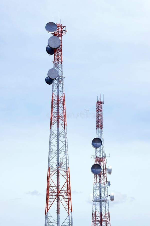 telekomunikaci wierza zdjęcia stock
