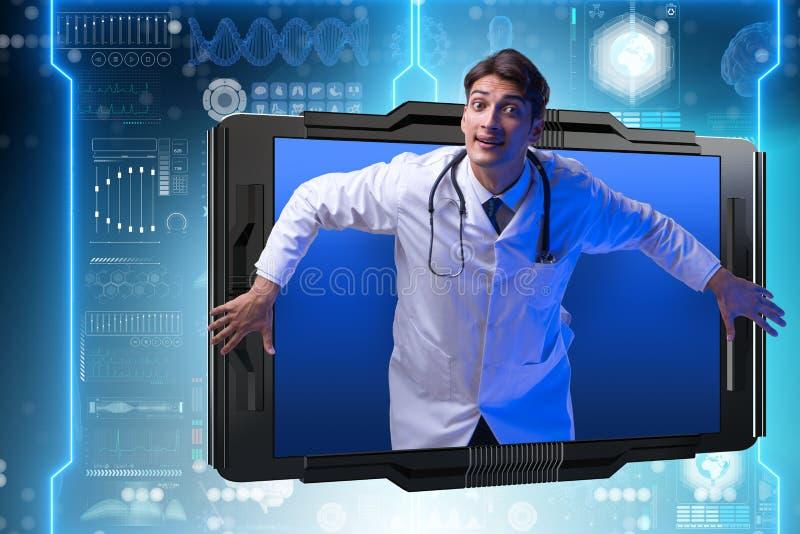 Telemedicinebegreppet med doktorn och smartphonen arkivfoto