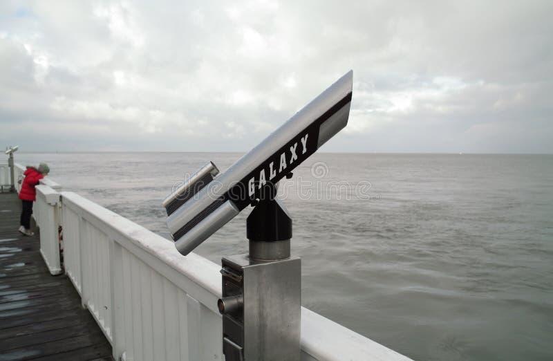 Telescopio della riva fotografia stock