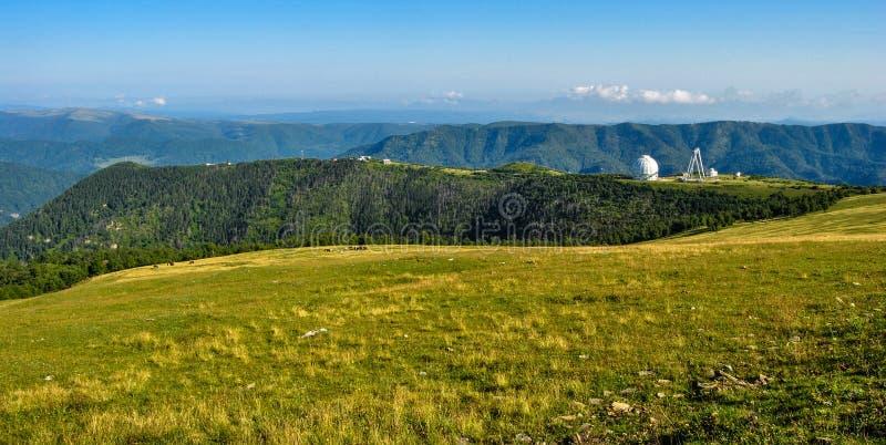 Teleskop w Kaukaz górach zdjęcie royalty free