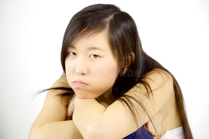 Teleurgesteld Aziatisch meisje die boos kijken royalty-vrije stock foto