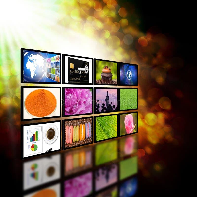 Televisione con il concetto di tecnologia di produzione di Internet del globo royalty illustrazione gratis