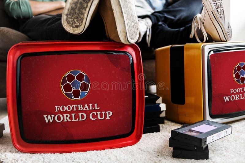 Televisiones retras con un anuncio del mundial del fútbol imagen de archivo libre de regalías