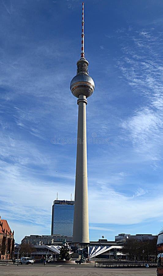 Televisiontorn - centrala Berlin, Tyskland royaltyfri fotografi