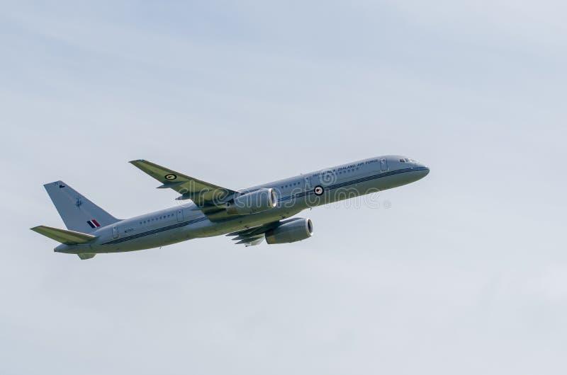 TELFORD, Великобритания, 9-ое июня 2018, Боинг 757-200 представляя Ro стоковое фото rf
