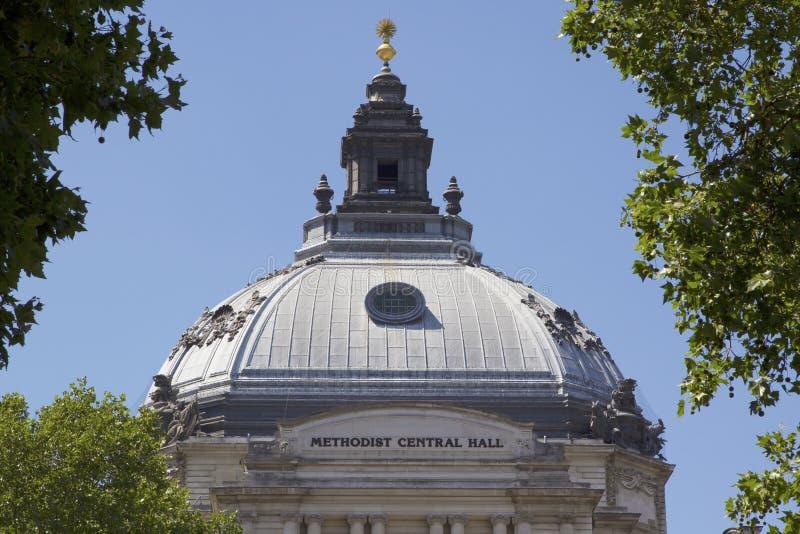 Telhado abobadado do Central Hall metodista Quadrado de Westminster, Londres, Inglaterra, o 15 de julho de 2018 fotos de stock