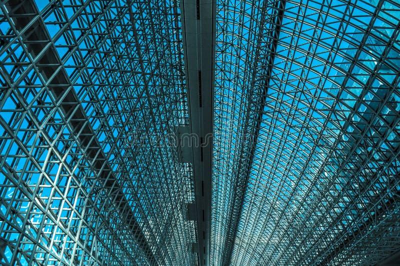 Telhado arqueado de um vestíbulo da estação fotografia de stock royalty free