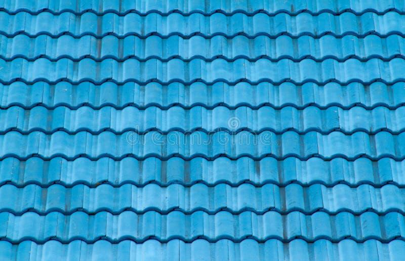 Download Telhado azul imagem de stock. Imagem de fundo, proteja - 26518691