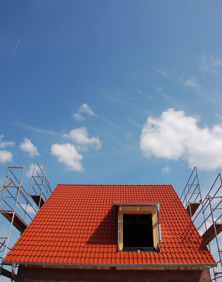 Telhado com telhas vermelhas fotografia de stock