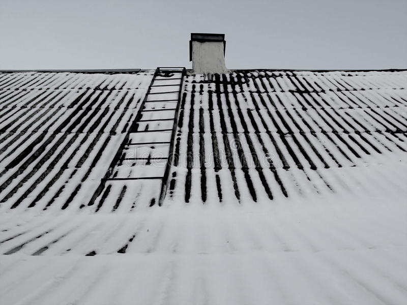 Telhado da neve imagens de stock