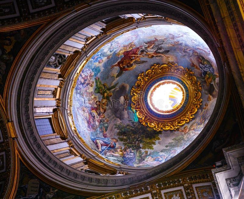 Telhado dentro de St Peters Church fotos de stock