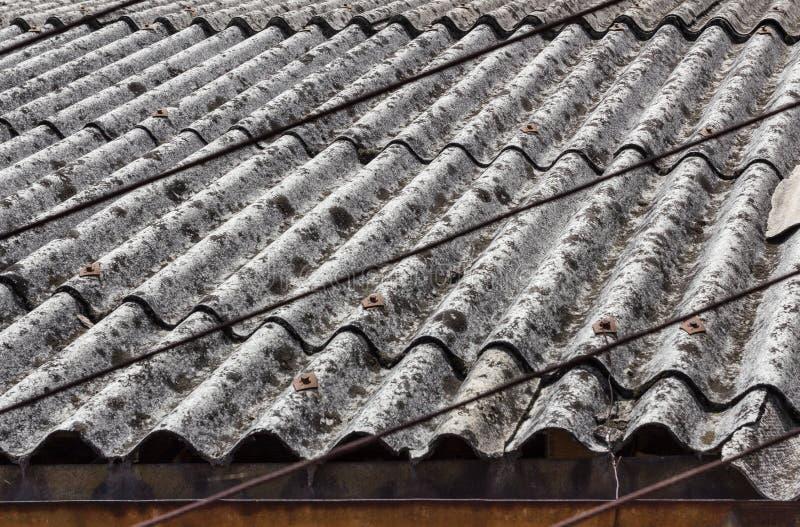 Telhado do asbesto fotos de stock