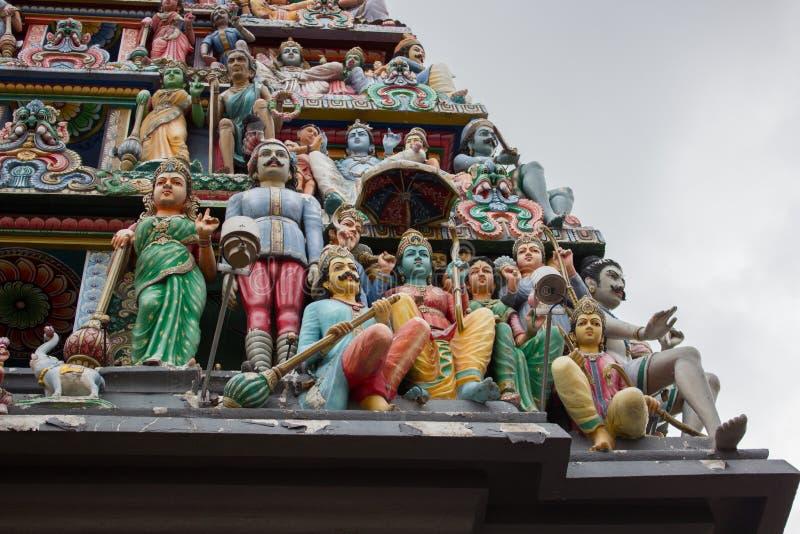 Telhado do templo hindu em singapore imagem de stock