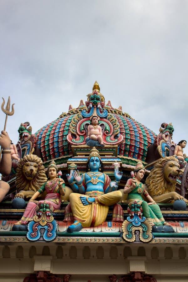Telhado do templo hindu em singapore foto de stock royalty free