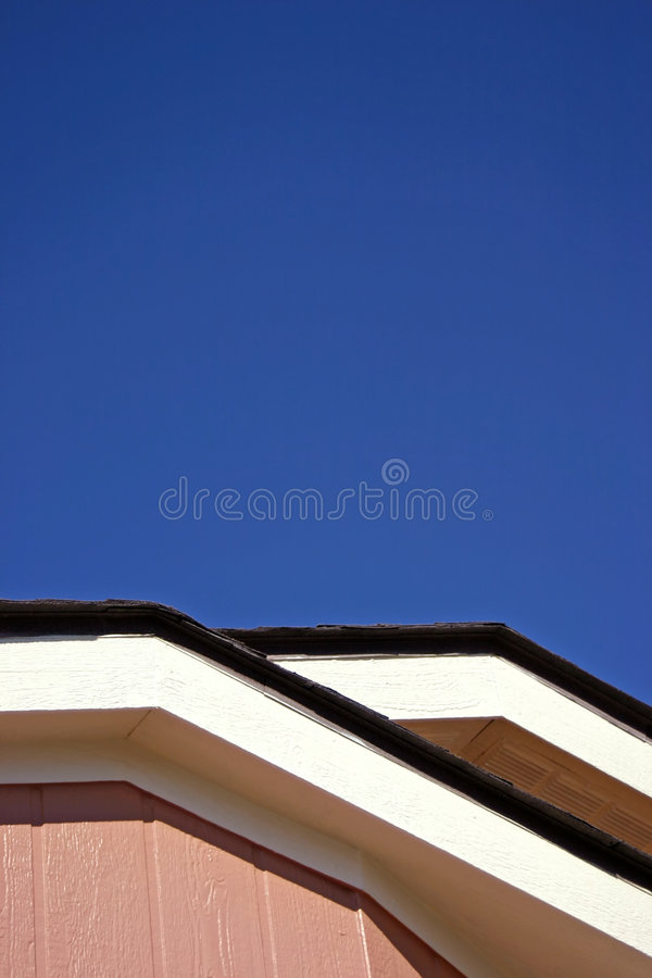 Telhado e céu imagem de stock