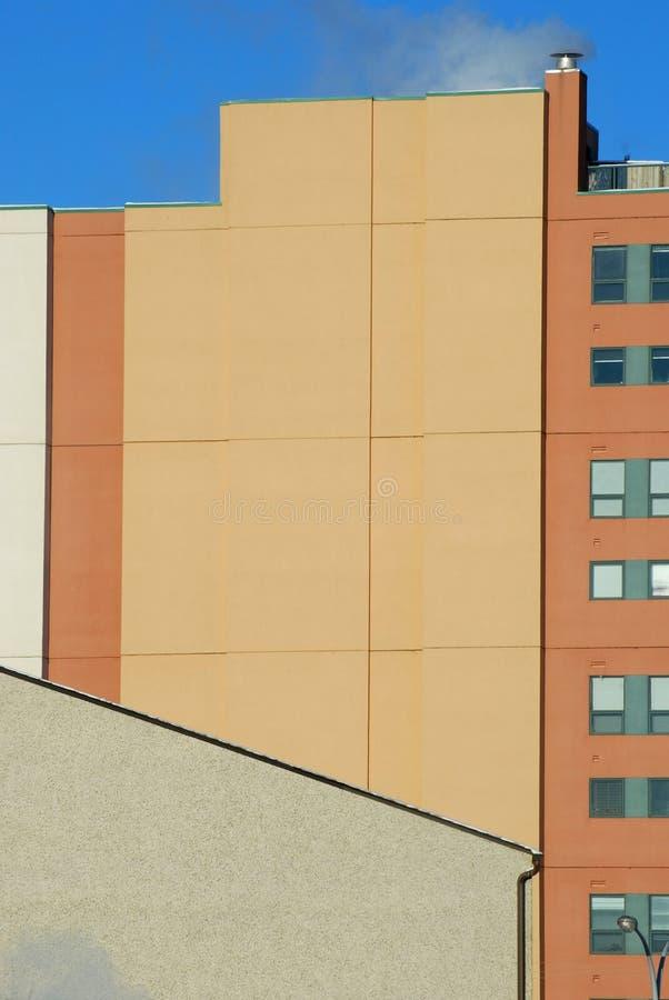 Telhado e edifício no inverno imagem de stock royalty free