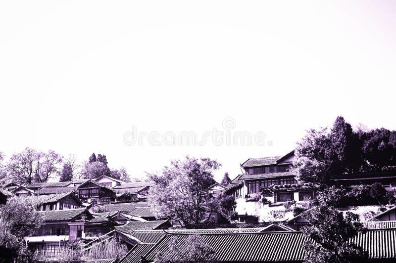 Telhados chineses na cidade velha de Lijiang imagens de stock royalty free