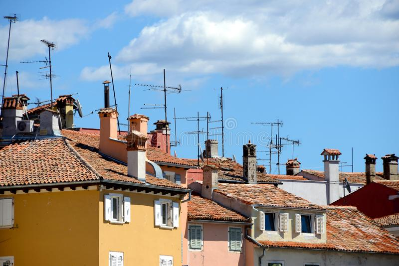 telhados com antenas foto de stock