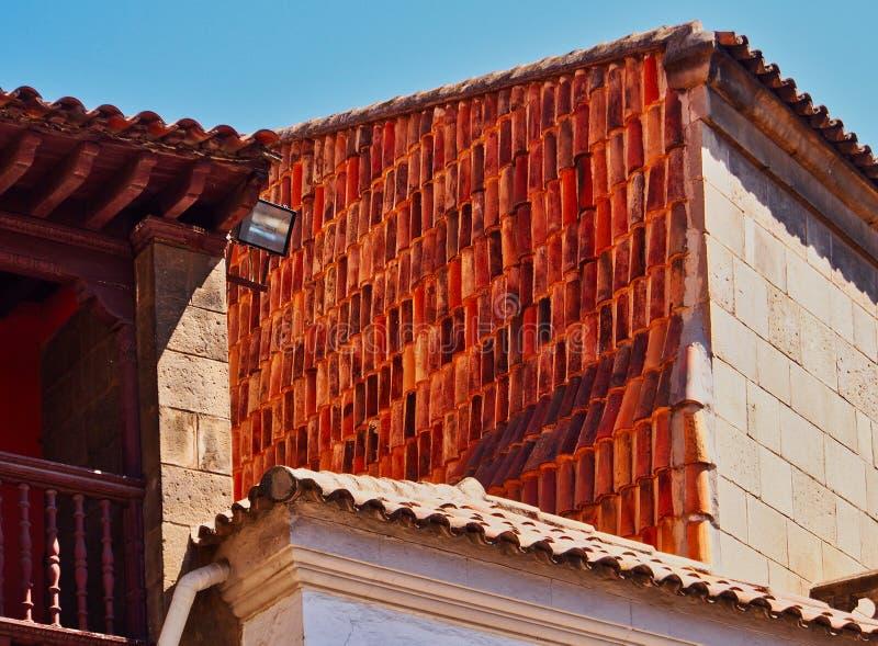 Telhados telhados da casa da vila, Peublo Espanol, Barcelona, Espanha fotografia de stock