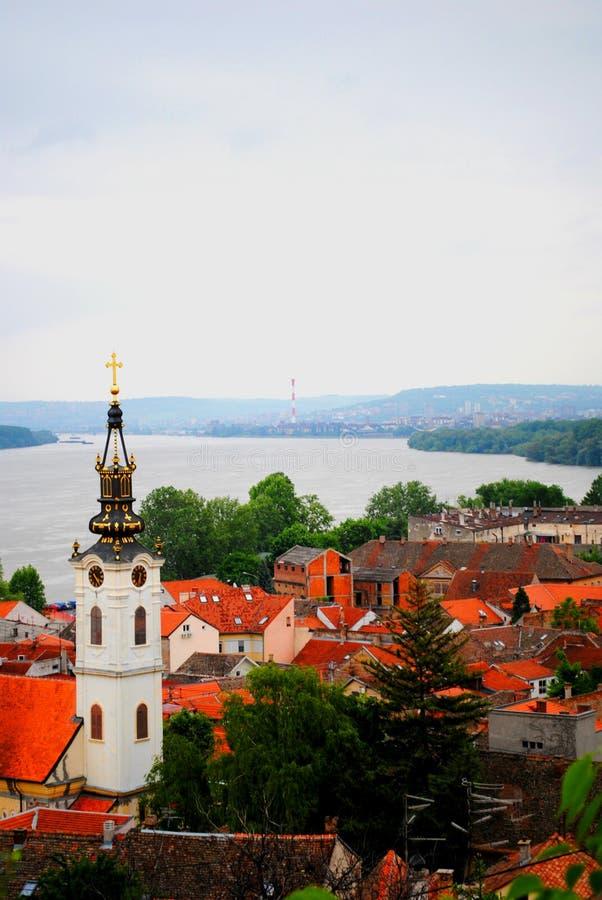 Telhados da Sérvia velha de Belgrado do cityin imagens de stock