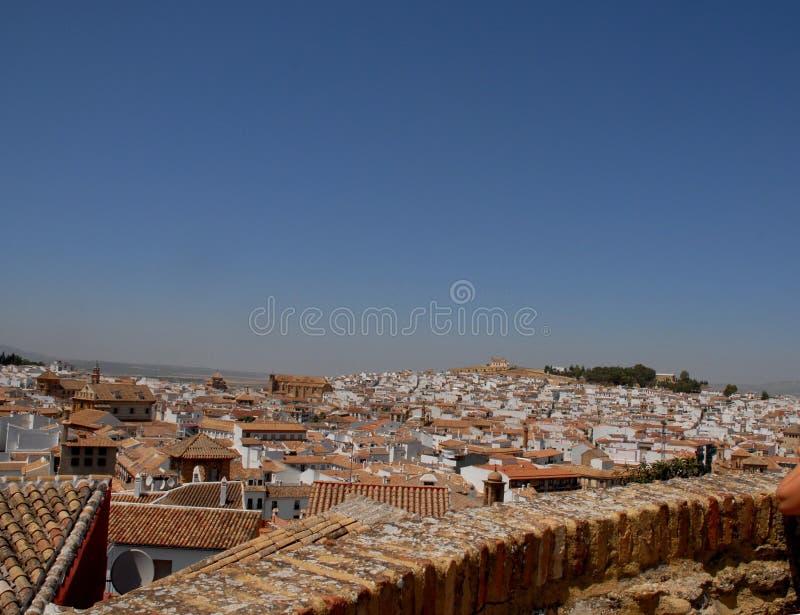 Telhados das casas de Antequera na Espanha fotografia de stock