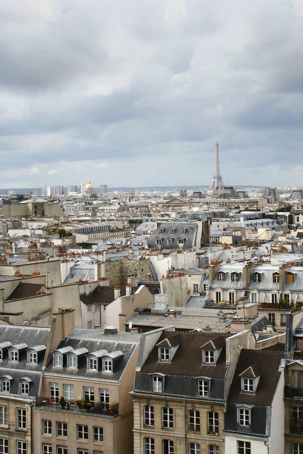 Telhados de Paris foto de stock