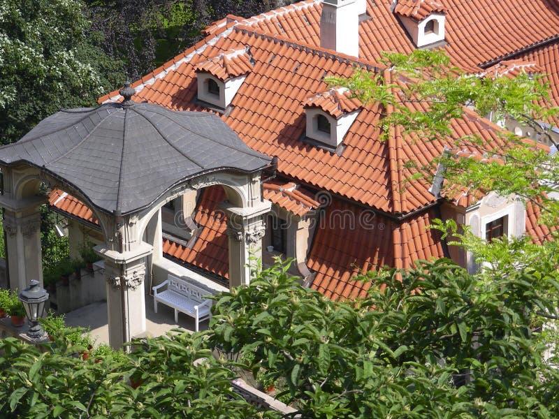 Telhados de Praga velha imagem de stock royalty free