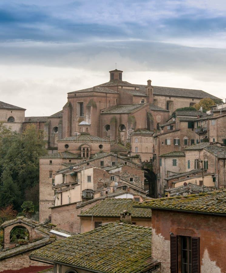 Telhados em Siena Italia foto de stock royalty free